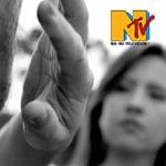Nosso Livro, emoção documental em videoclipe de Estrela Leminski e Téo Ruiz